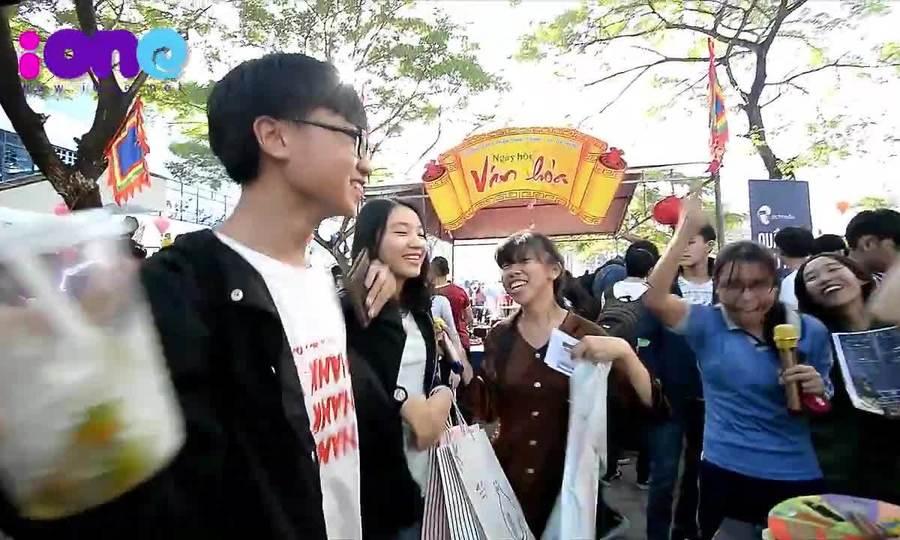 Ngày hội xuân vui 'nổ trời' của teen THPT Phan Châu Trinh