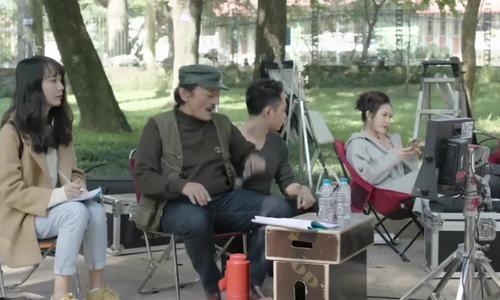 Con trai nghệ sĩ Giang Còi: 'Hồi nhỏ sống xa bố mẹ, bố đến thăm là vừa sợ vừa mừng'