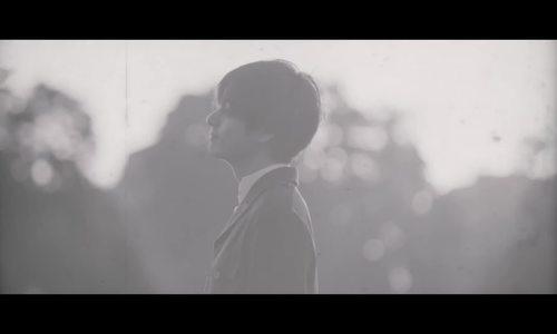 V (BTS) gây 'bão' khi bất ngờ tung ca khúc solo 'Winter Bear'