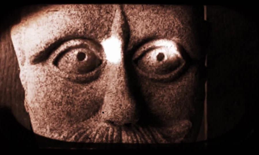Đường búp bê ma ám như phim kinh dị Mỹ