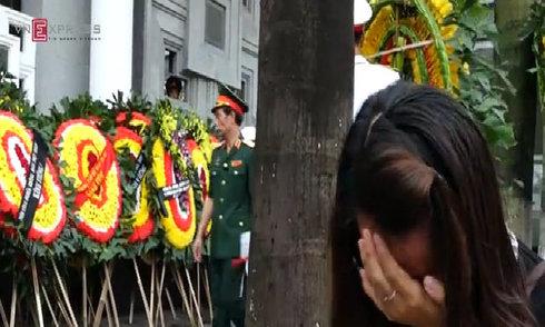 Người dân khóc nghẹn tiễn đưa các chiến sĩ tổ bay CASA hy sinh