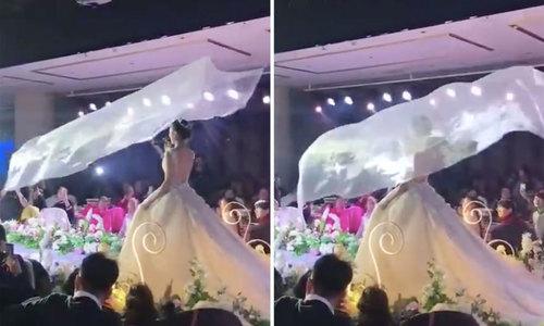 'Khăn voan bay', trào lưu khiến cô dâu Trung Quốc phát cuồng