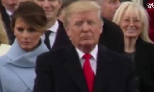 Vẻ mặt cau có của bà Melania trong lễ nhậm chức của chồng