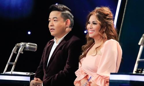 Minh Tuyết quên lời khi hát bolero với Quang Lê