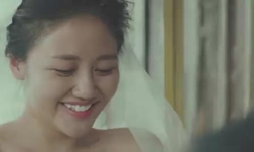 Văn Mai Hương được bạn trai cầu hôn trong MV mới