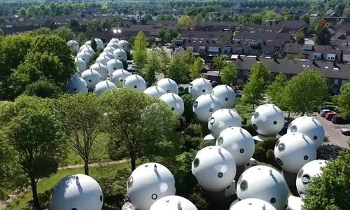Làng 'người ngoài hành tinh' ở Hà Lan
