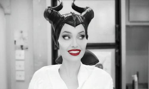 Angelina Jolie hóa trang thành Maleficent