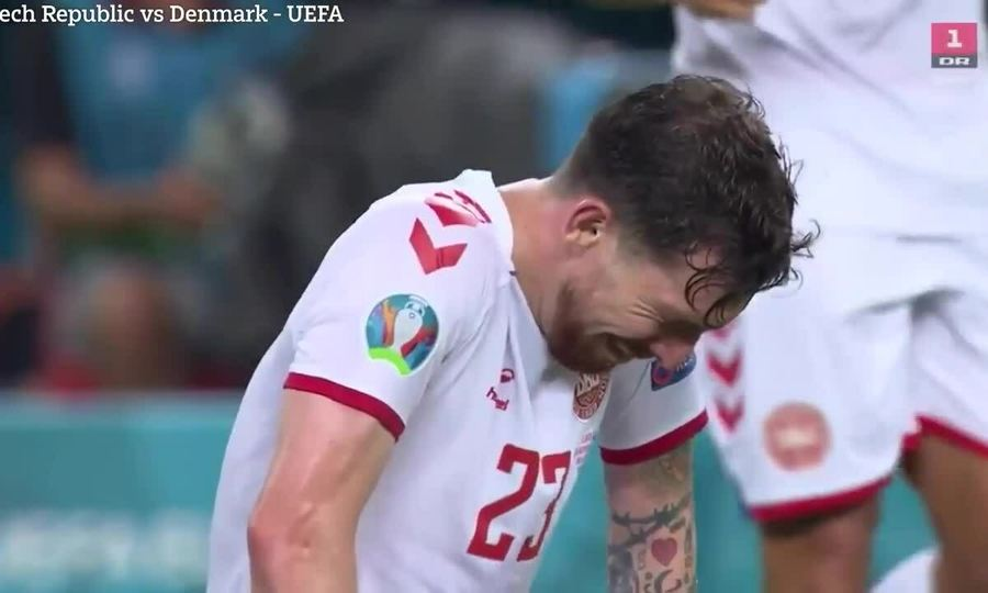 Hojbjerg khóc nức nở sau chiến thắng