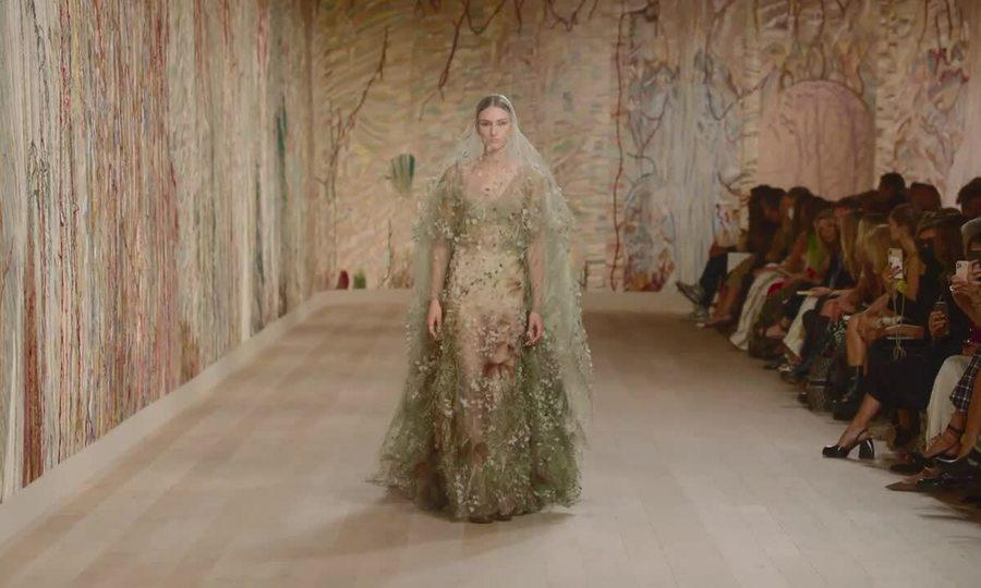 Show Dior Haute Couture Thu đông 2021