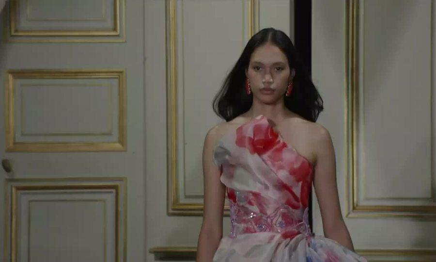 Show Armani Prive Haute Couture Thu đông 2021