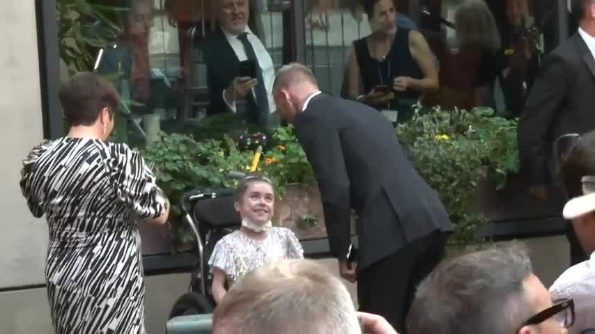 Becks và các sao tới lễ trao giải Who cares wins