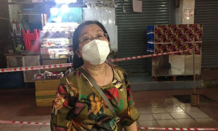 Tiệm chè nửa thế kỷ trong chợ Bến Thành: 'Bán cho vui chứ lời lỗ gì'
