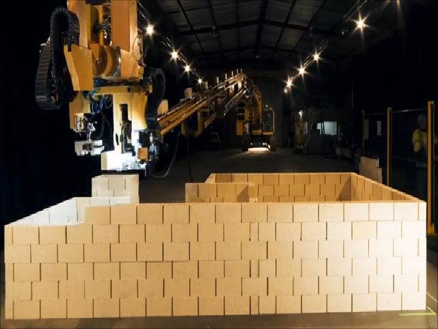 Fastbrick Robotics xây nhà cực nhanh