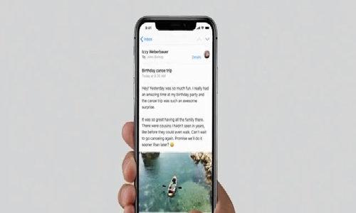 Lý do iPhone X cảm ứng mượt mà
