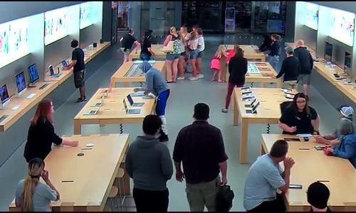 Những vụ cướp táo tợn nhằm vào Apple Store