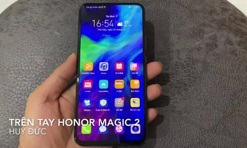 Trên tay Honor Magic 2