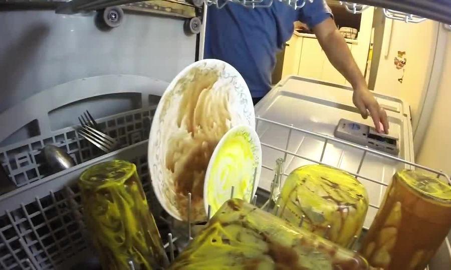 Video bên trong máy rửa bát khi hoạt động