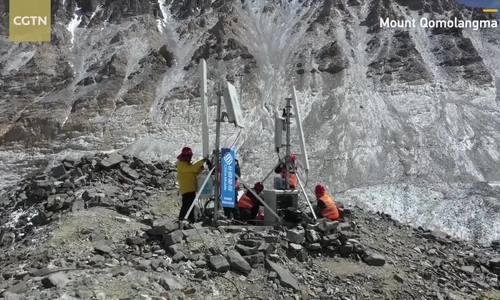 Trung Quốc xây trạm 5G trên đỉnh Everest