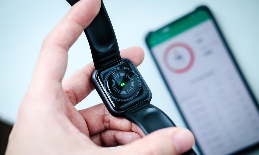 Thử nghiệm smartwatch giá 75.000 đồng