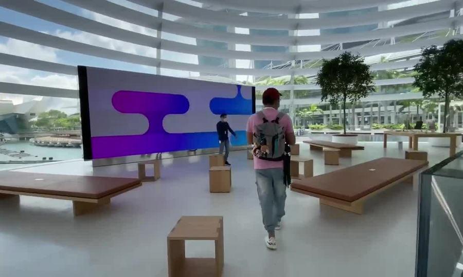 Bên trong Apple Store Marina Bay Sands