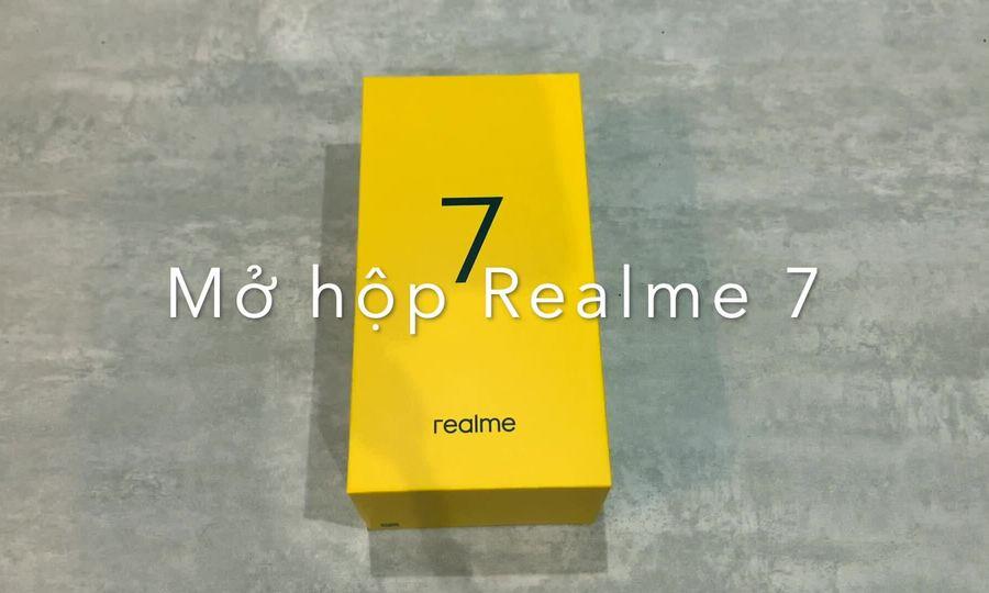Mở hộp Realme 7