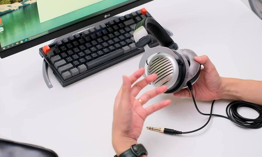 Beyerdynamic DT 990 Edition - tai nghe Hi-Fi 'chất Đức'