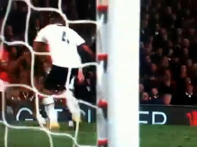 Bàn thắng của Nani vào lưới Tottenham