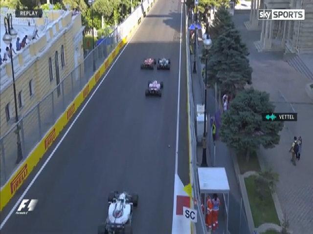 Vettel và Hamilton va chạm hai lần