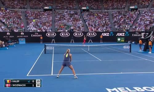 Simona Halep 1-2 Caroline Wozniacki