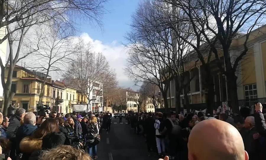 Tang lễ cầu thủ bóng đá người Ý Davide Astori