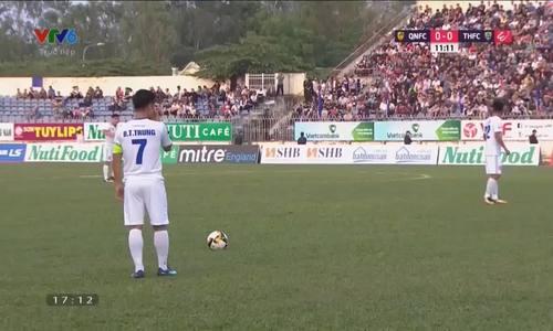 Bùi Tiến Dũng mắc lỗi, Thanh Hoá bại trận trên sân Quảng Nam