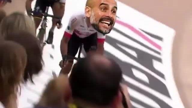Klopp vượt qua Guardiola trong cuộc đua xe đạp