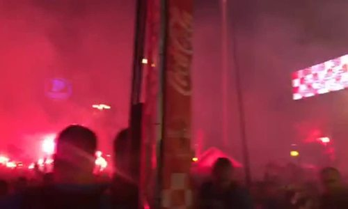 50.000 CĐV Croatia cổ vũ tại Quảng trường ở Trans