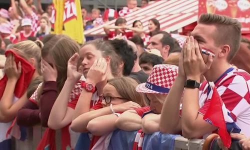 Cảm xúc của gười hâm mộ Croatia tại Zagreb và Paris Pháp