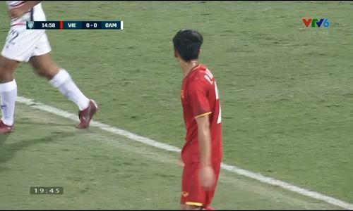 Thủ môn Campuchia cứu thua