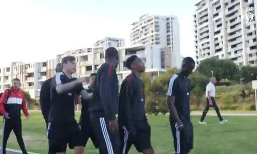 Pogba Lingard đánh nhau