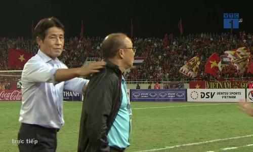 HLVPark Hang-Seo phản ứng với trọng tài