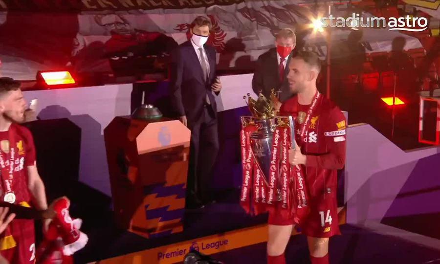 Liverpool nâng Cup