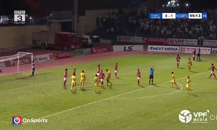 Văn Lợi gỡ hòa 1-1 cho Thanh Hóa