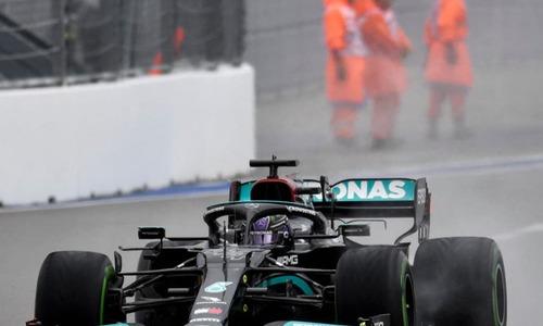 Lewis Hamilton vô địch chặn Grand Prix Nga