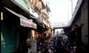 Cướp giật đồ cúng cô hồn trên phố Sài Gòn