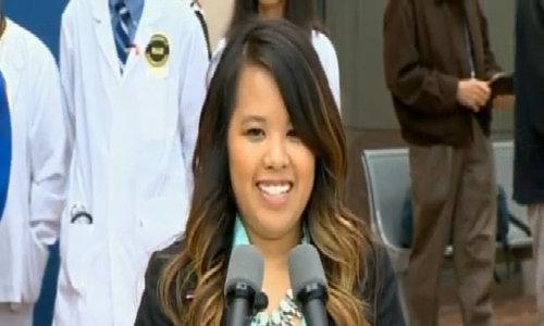 Nina Pham cười nói sau khi khỏi Ebola