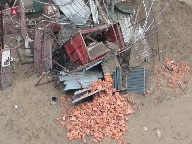Hiện trường sập cẩu ở Hà Nội, hai người chết