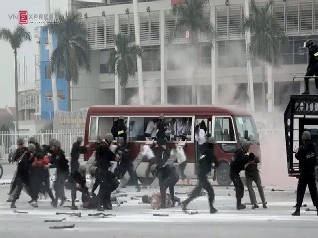 Hà Nội diễn tập chống khủng bố và bắt cóc con tin