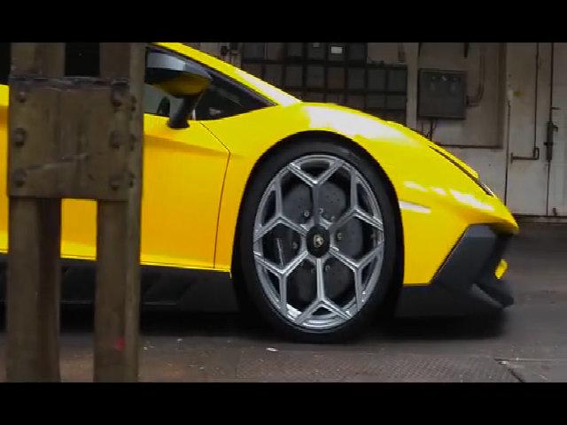 lamborghini Aventador SV - tuyệt tác từ Italy