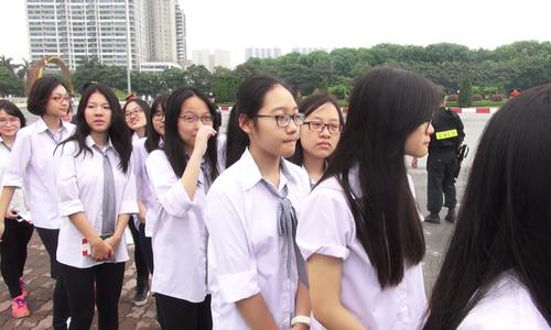 Sinh viên háo hức trước khi gặp Tổng thống Mỹ