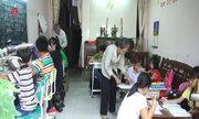 Lớp học tình thương của vợ chồng bà giáo 70 tuổi ở Sài Gòn