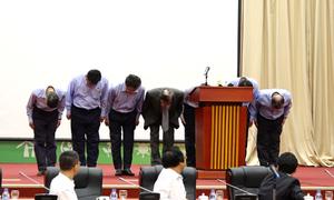 Lãnh đạo Formosa Hà Tĩnh cúi đầu xin lỗi người dân Việt Nam