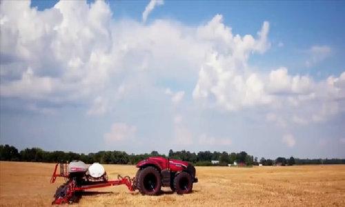 Máy kéo tự lái hứa hẹn cách mạng hóa canh tác nông nghiệp