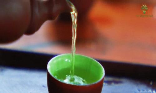 Hương vị đậm đà của chè xanh làng Bát
